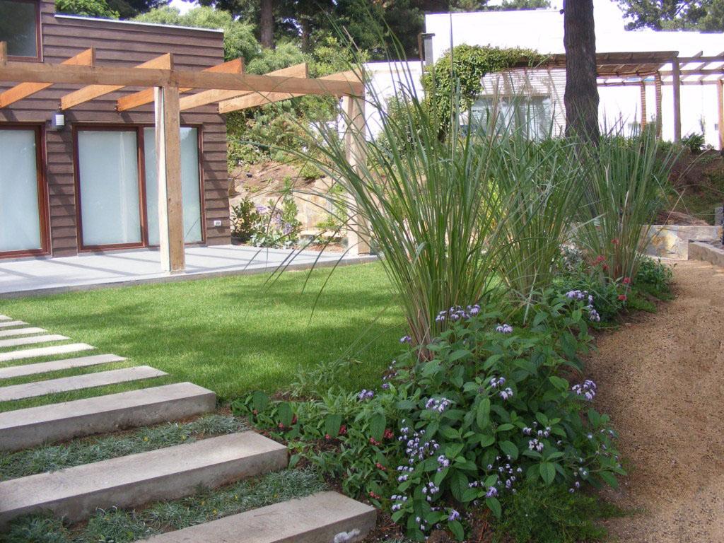 Paisajismo jardines casas en paisajismo jardines acceso for Paisajismo jardines casas